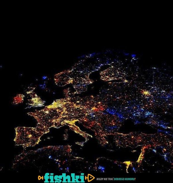 Światła Ziemi w nocy - zdjęcie 1