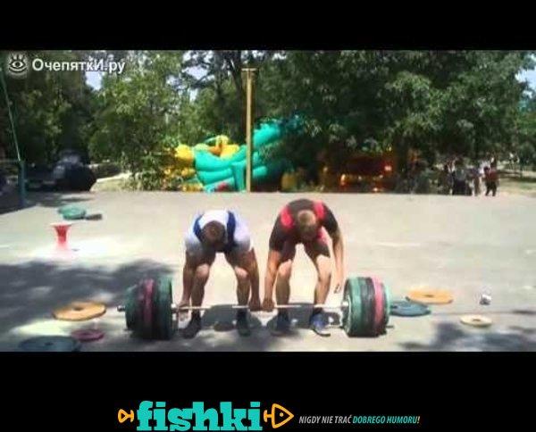 Podnoszenie ciężarów i trzęsące kolana
