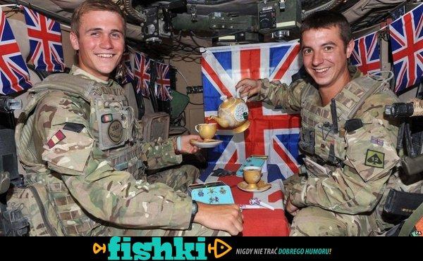 Wyluzowani wojskowi - zdjęcie 17