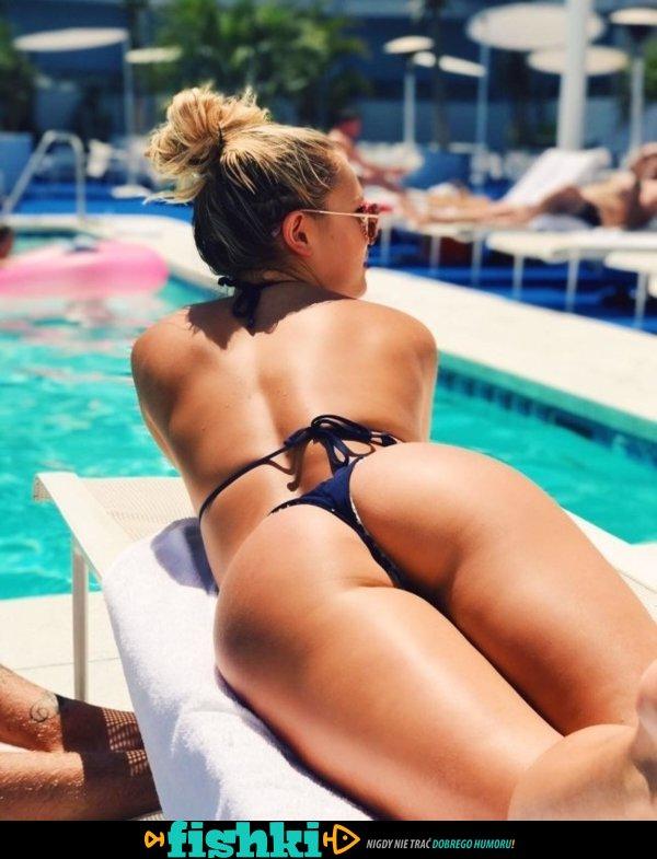Piękności w bikini - zdjęcie 58