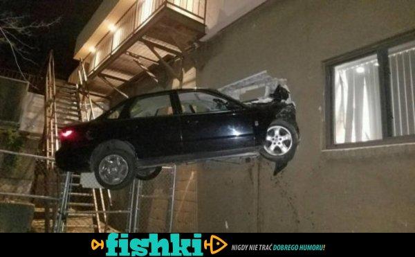 Samochodowe wpadki i przypadki - zdjęcie 1