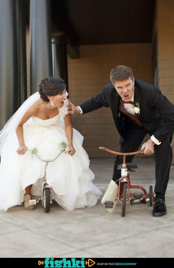 Nietypowe zdjęcia ślubne - zdjęcie 20