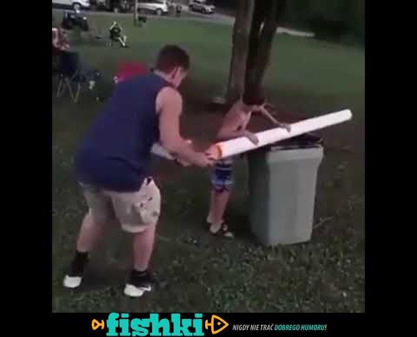 Rozpalanie ogniska z ojcem