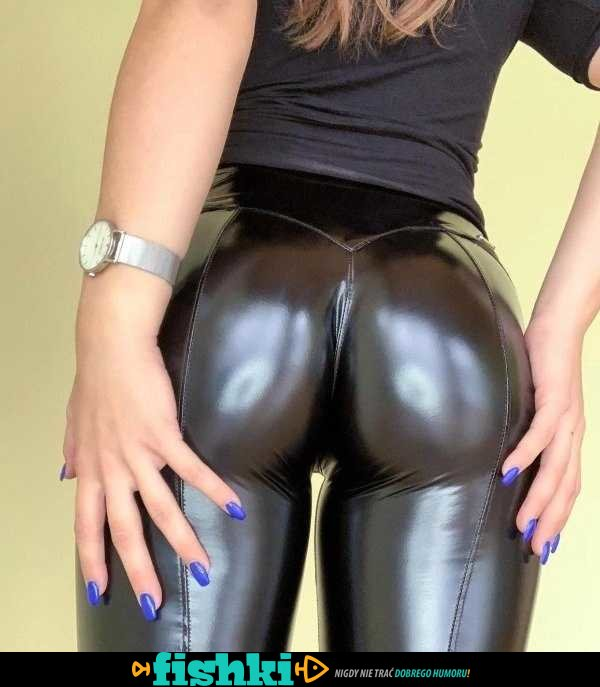 [Obrazek: default-1607336310-sexy-latex-leather-24.jpg]