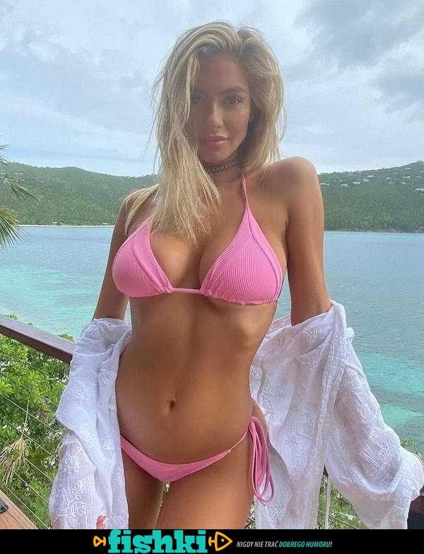 [Obrazek: default-1611563835-bikini-babes-32.jpg]